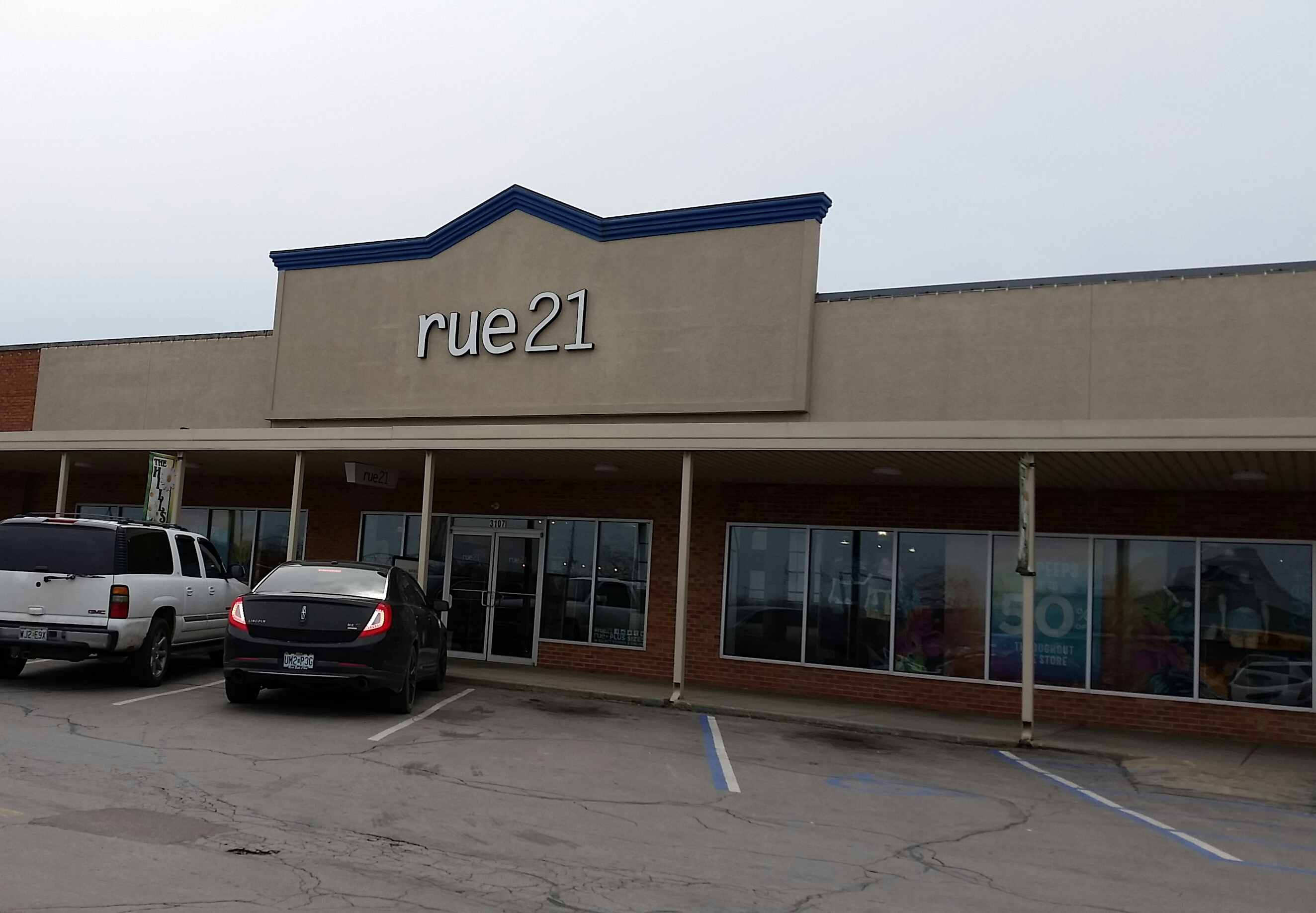 Clothing stores in arnold mo